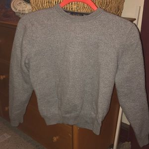 Gray wool cropped sweater